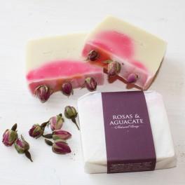 Jabón de Rosas y Aguacate